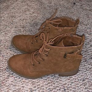 G by GUESS ankle boots